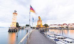 Bodensee Lindau Hafeneinfahrt